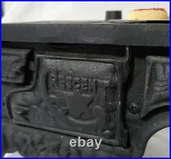 BYERS CHOICE Wood-burning Cast Iron Stove CRESCENT accessory with cookie sheet
