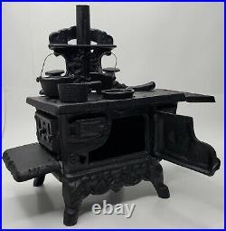 CRESCENT Cast Iron Sample Size Woodburning Stove w Accessories VTG Original Box