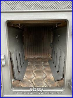 Jotul 606 Classic Cast Iron Wood Burning Stove Black Finish 5 Rear Flue Exit